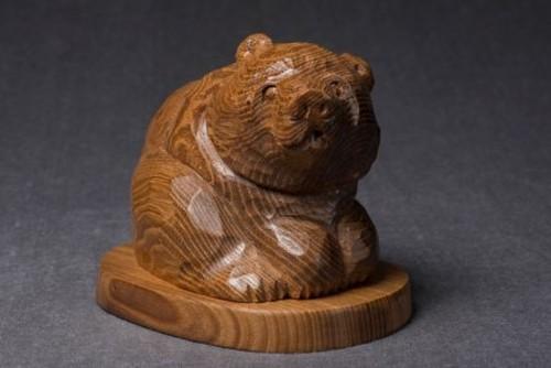 座り熊〈槐〉-74