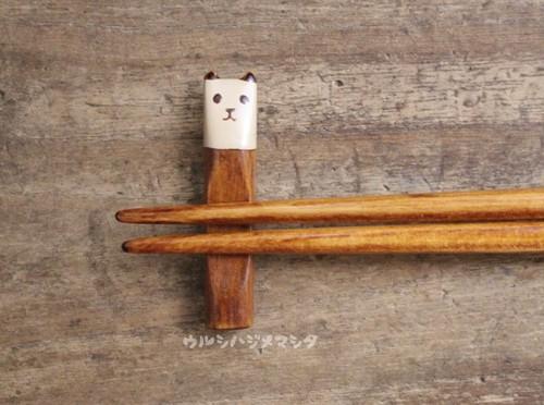 拭き漆の箸置き(パンダ)/URUSHI CHOPSTICK REST(PANDA)