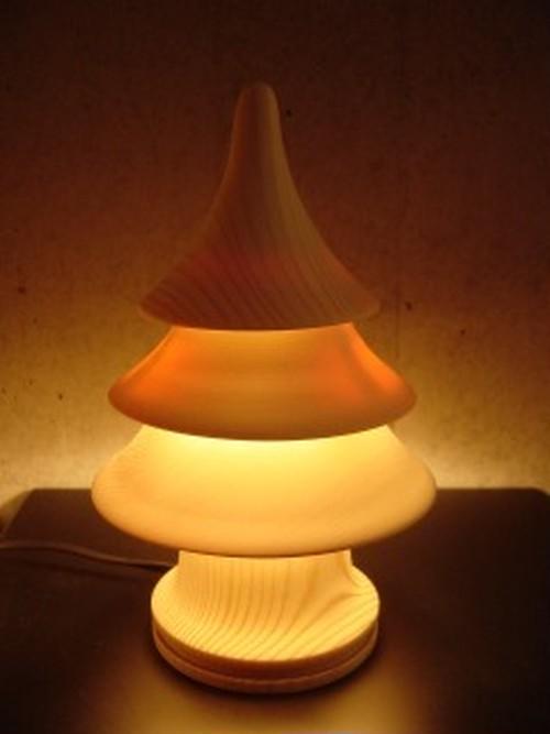 ウッドクラフトランプ  灯樹色(つりぃ)