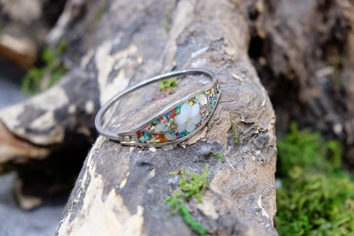 flower shell bangle
