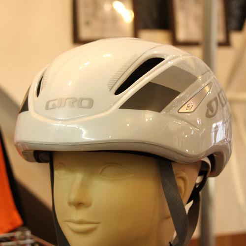【約40%OFF】 旧モデル GIRO AIR ATTACK White / Silver size M