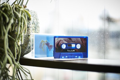 toolate / hooky bianca(TAPE)