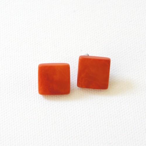 スタッズピアス/イヤリング ダークオレンジ