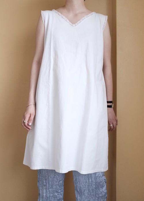 [VINTAGE] French antique cotton sleeveless blouse
