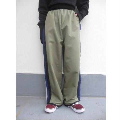 line sweat pants / khaki