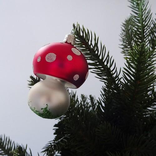 チェコ ガラスのクリスマスオーナメント きのこ