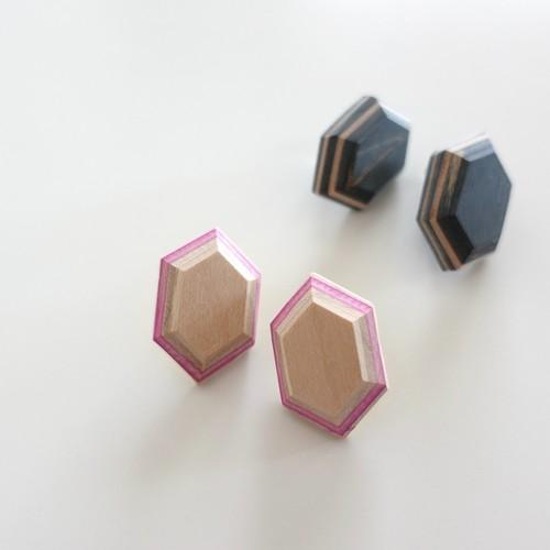 スケートボード upcycle(アップサイクル) 耳飾り:立体六角形