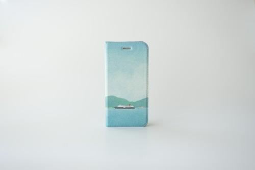 青い空と船を描いた、手帳型スマホケース