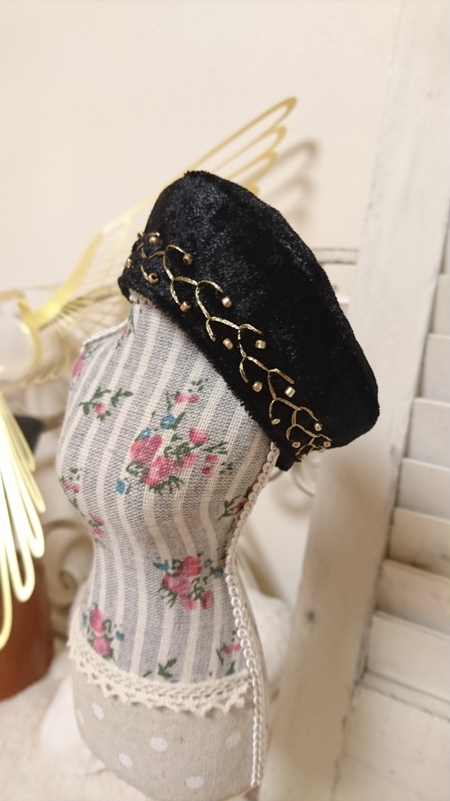【40㎝ドール用】刺繍ベレー帽