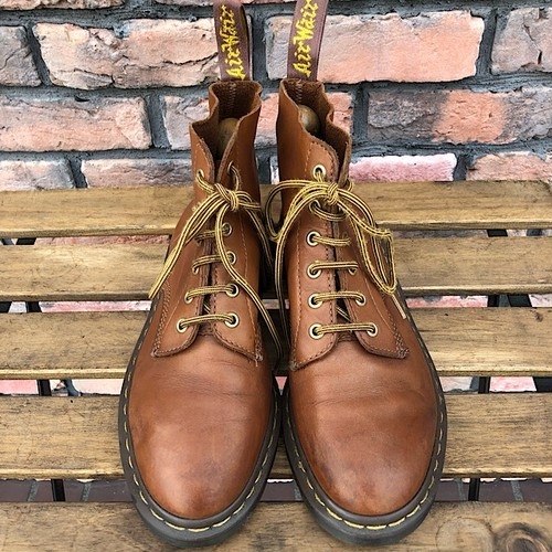 Dr.Martens 6 Eyelet Boots Light Brown UK7