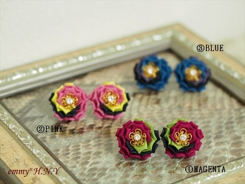 tsumamiローズイヤリング MAGENTA/PINK/BLUE