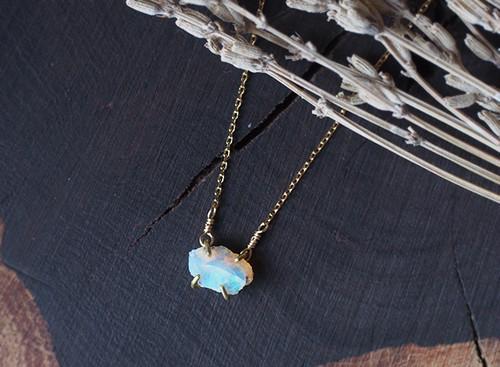 K様オーダー 原石のオパールのネックレス