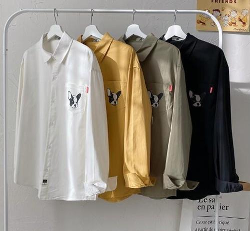 メンズおしゃれ長袖シャツ。犬プリントがかわいいブラック/ホワイト/イエロー/グリーン4カラー