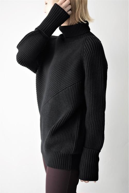 SATORU SASAKI / switching knit