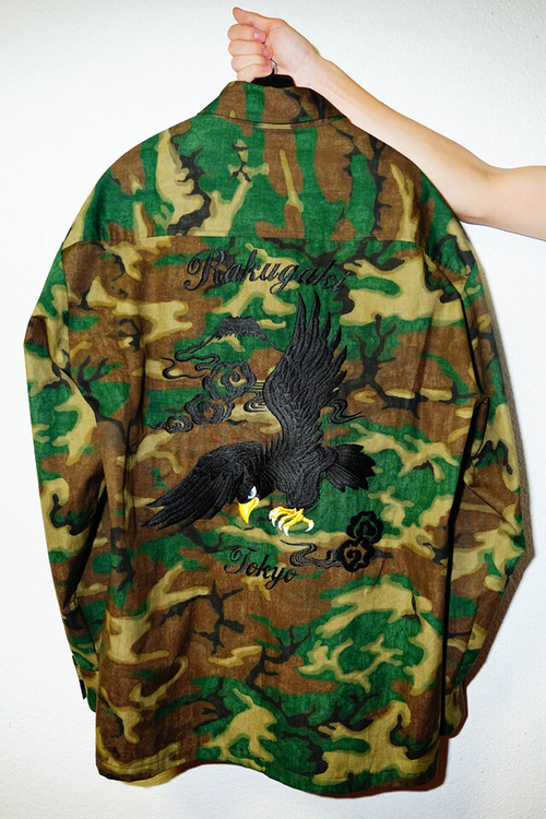"[予約商品]RAKUGAKI ""BLACK HAWK"" Embroidery Old Camo Big Shirts"