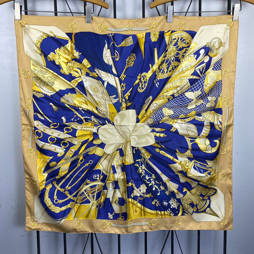.HERMES CARRES90 soleil de soie LARGE SIZE SILK 100% SCARF MADE IN FRANCE/エルメスカレ90 シルクの太陽 シルク100%大判スカーフ 2000000043548