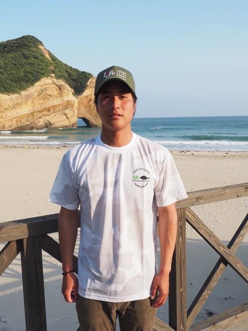 LIFE FISHING GUIDE SERVICE  ORIGINAL DRY T-SHIRT カラー:ホワイト(カモ)