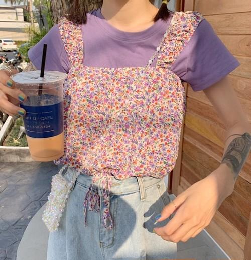 【送料無料】Tシャツ&キャミ2点セット♡ 小花柄 ショート丈 Tシャツ & シフォンキャミ