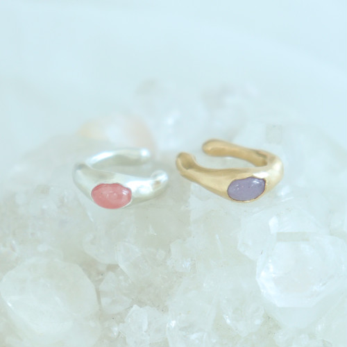 Ear Cuff / Oval gem ( Pink or  Purple )
