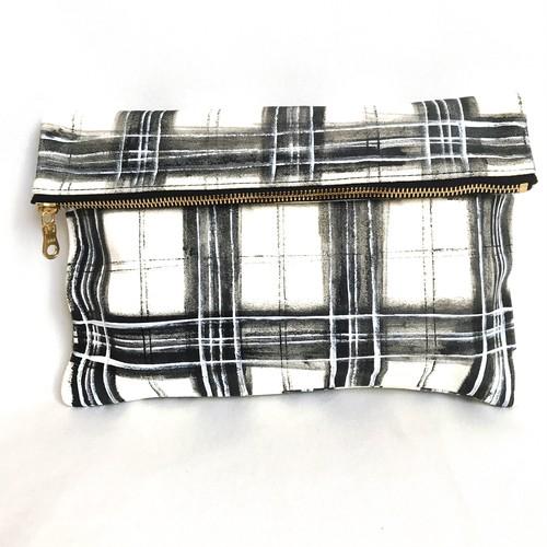 Tartancheck Clutch Bag 《p》