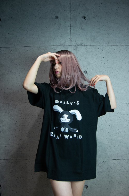 Dolly's Real World T-Shirt - [Tシャツ]