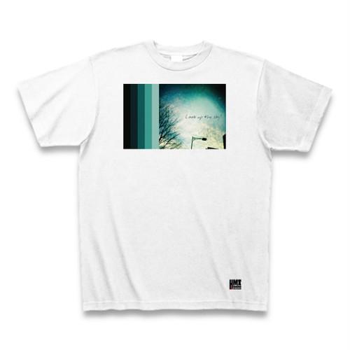 なんかエモい Tシャツ 〜空を見上げてごらん〜
