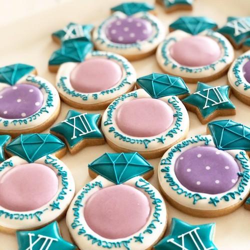 12月の誕生石トルコ石のアイシングクッキー
