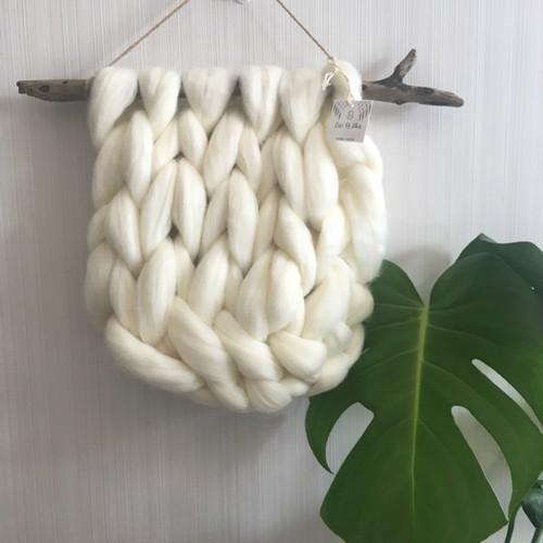 Fluffy-white-