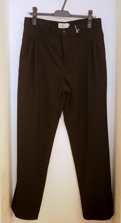 Wide Tuck Pants BLACK