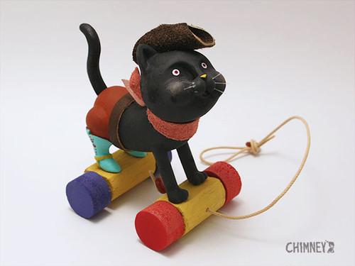 走るネコのおもちゃ[black]