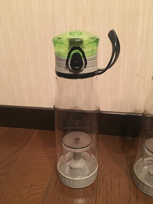 JUCK 茶こし付き水筒 ランナー向け エコボトル 500ml 濃度調整ボタン付き 耐熱120℃ (黄緑色)