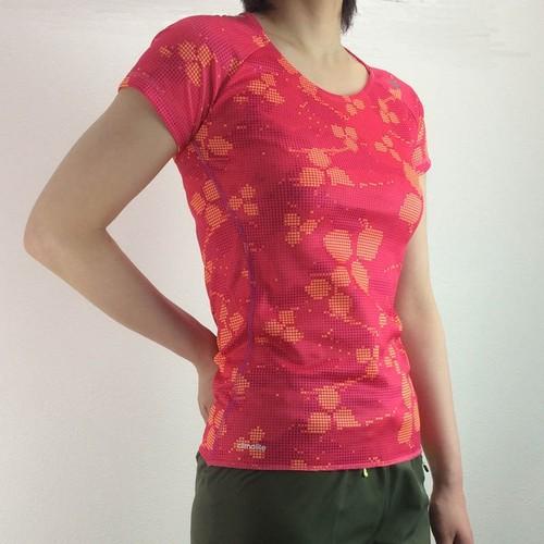 アディダスレディース蘭Tシャツ