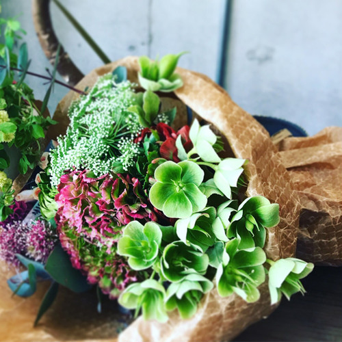 【Bouquet】Seasonal Flower Bouquet Gift (Premium)