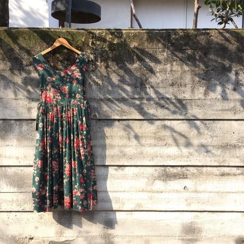 used clothing ワンピース