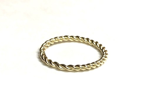 Twisted ring / K10