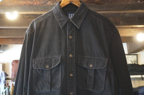early 90's old GAP corduroy Shirt