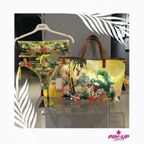 PIN-UP STARS  イタリア製 美しい染色のトロビカルサマーバッグ