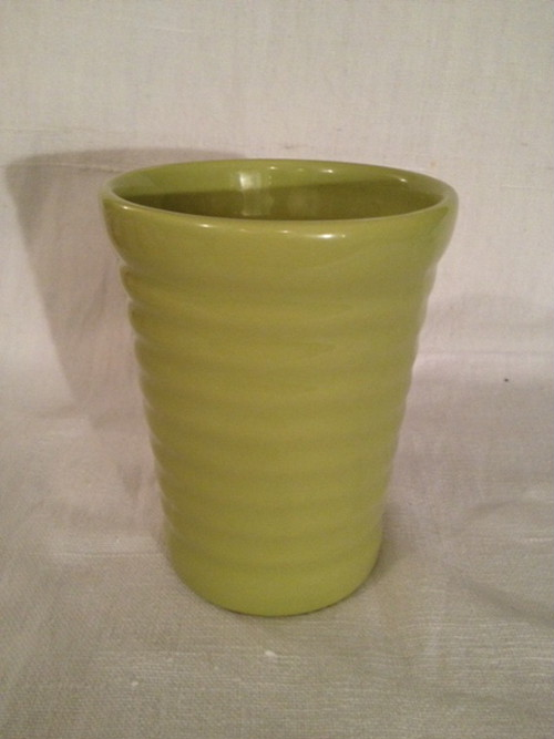 TUMBLER(BAUER POTTERY)   #CHARTREUSE