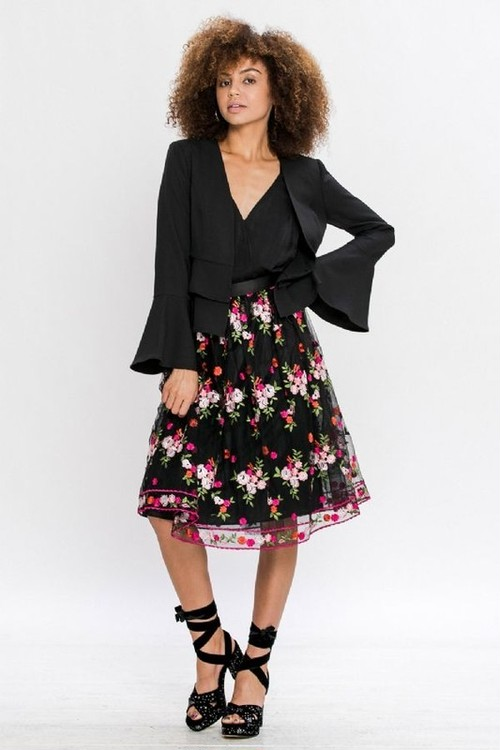Floral Embroidery Skirt(LA Brand)