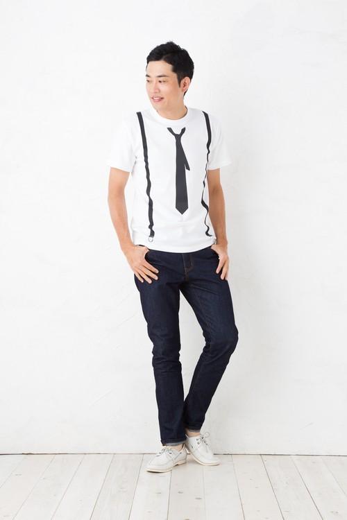 だまし絵 ネクタイ サスペンダー Tシャツ 半袖 5.6オンス | 細めシンプル黒ネクタイ トロンプルイユ 騙し絵 | メンズファッション レディースファッション、お揃い・ペアルック