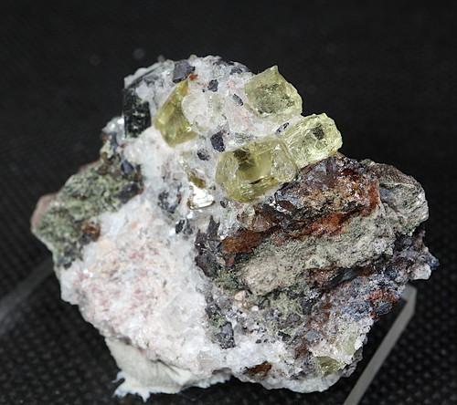 メキシコ産 アパタイト+ クォーツ 母岩付き 39,5g AP037 鉱物 標本 原石 天然石 パワーストーン