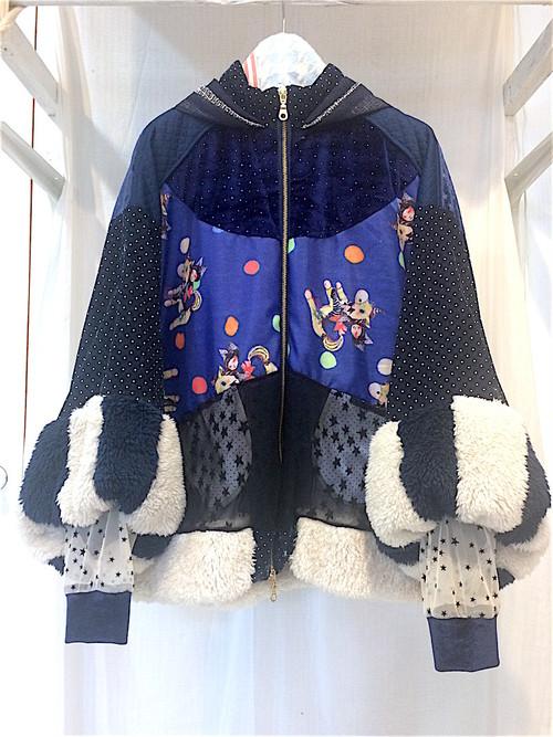 NIGATSU 星空サーカスのコート