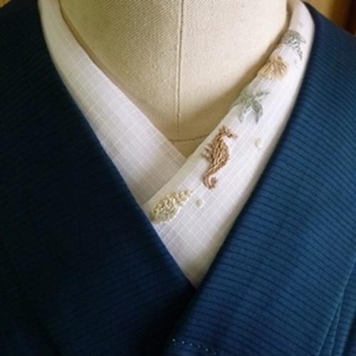 pivoneさんのフランス刺繍半襟「夏の海辺」