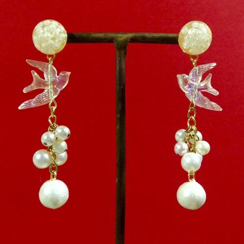 613 澄んだ鳥と白真珠 ピアス