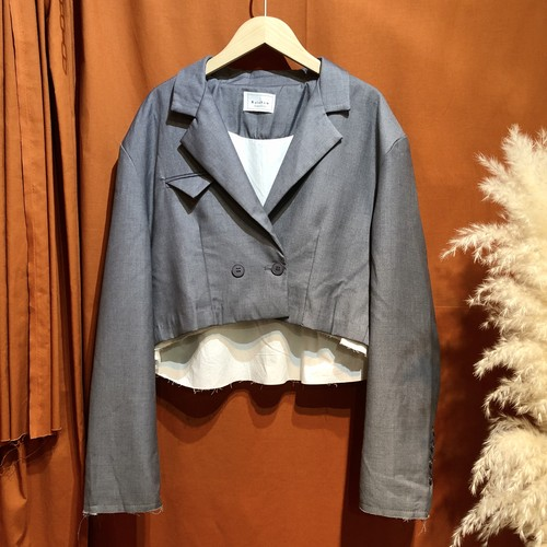 Short-length tailored jacket  Color :  Gray