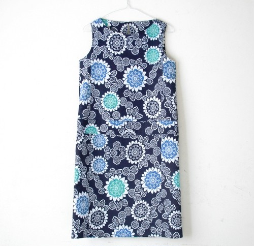 M様専用ページ 青菊模様ワンピ1点、柳ワンピ1点、手まりゴムスカート1点 計3点