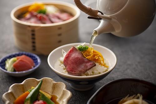 お中元に|大和牛のお茶漬けセット 赤身炭火焼き(2人前)/冷凍便