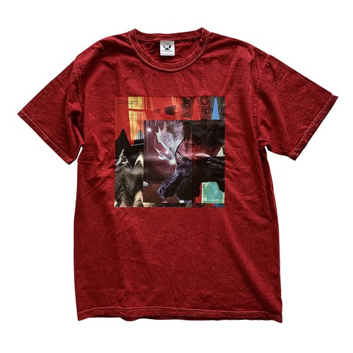 """""""NEVER  FORGET"""" Mineral Wash T-Shirt -Red-"""