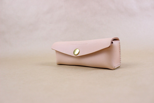 JAPAN LANSUI DESIGN 名入れ対応 ヌメ革手作り手縫い メガネケース 品番9KSIFSJF3