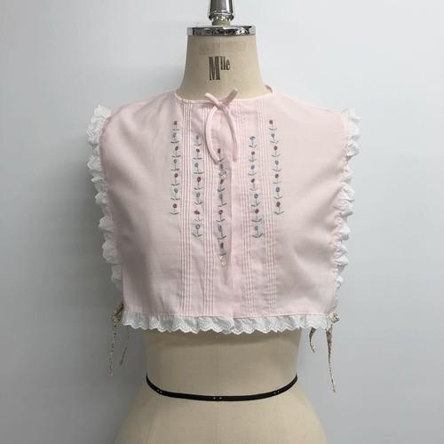 お花の刺繍付け襟